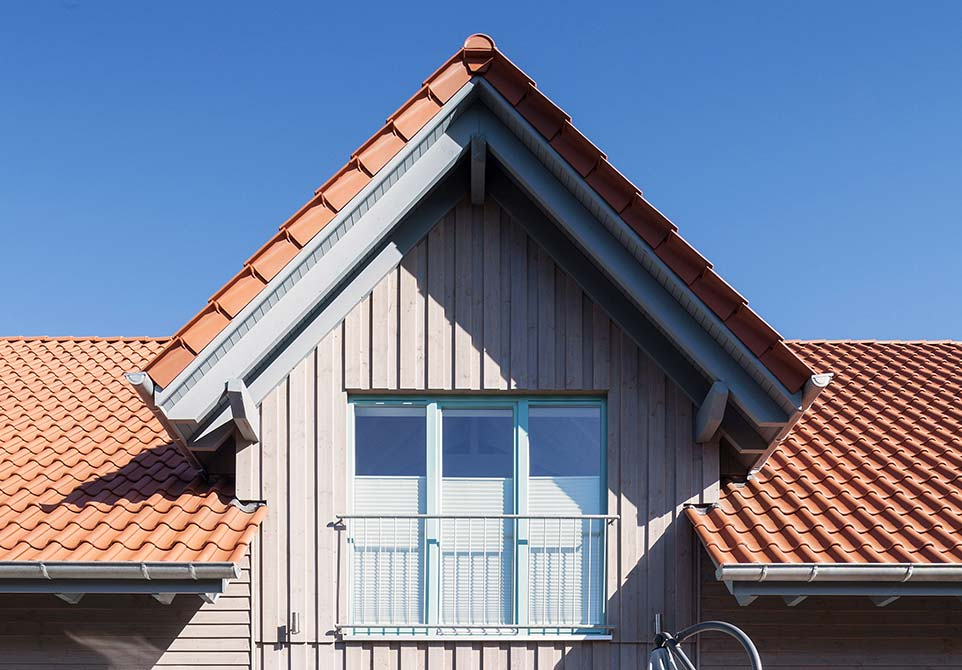 Dachgiebel mit Holzverschalung