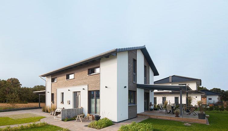 Holzhaus Scheeßel, Landhaus Außenansicht